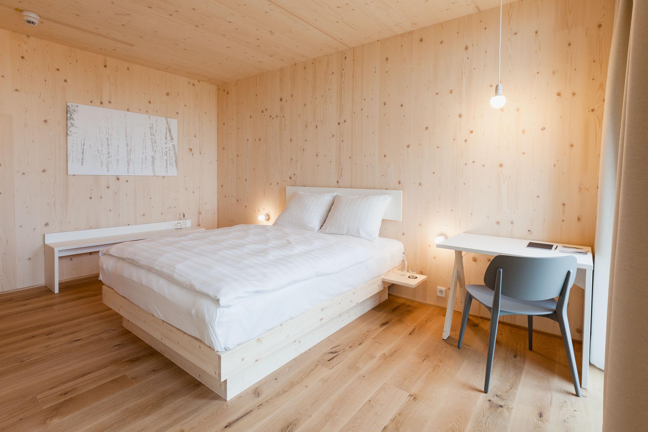 Vollholzzimmer im Bader Hotel