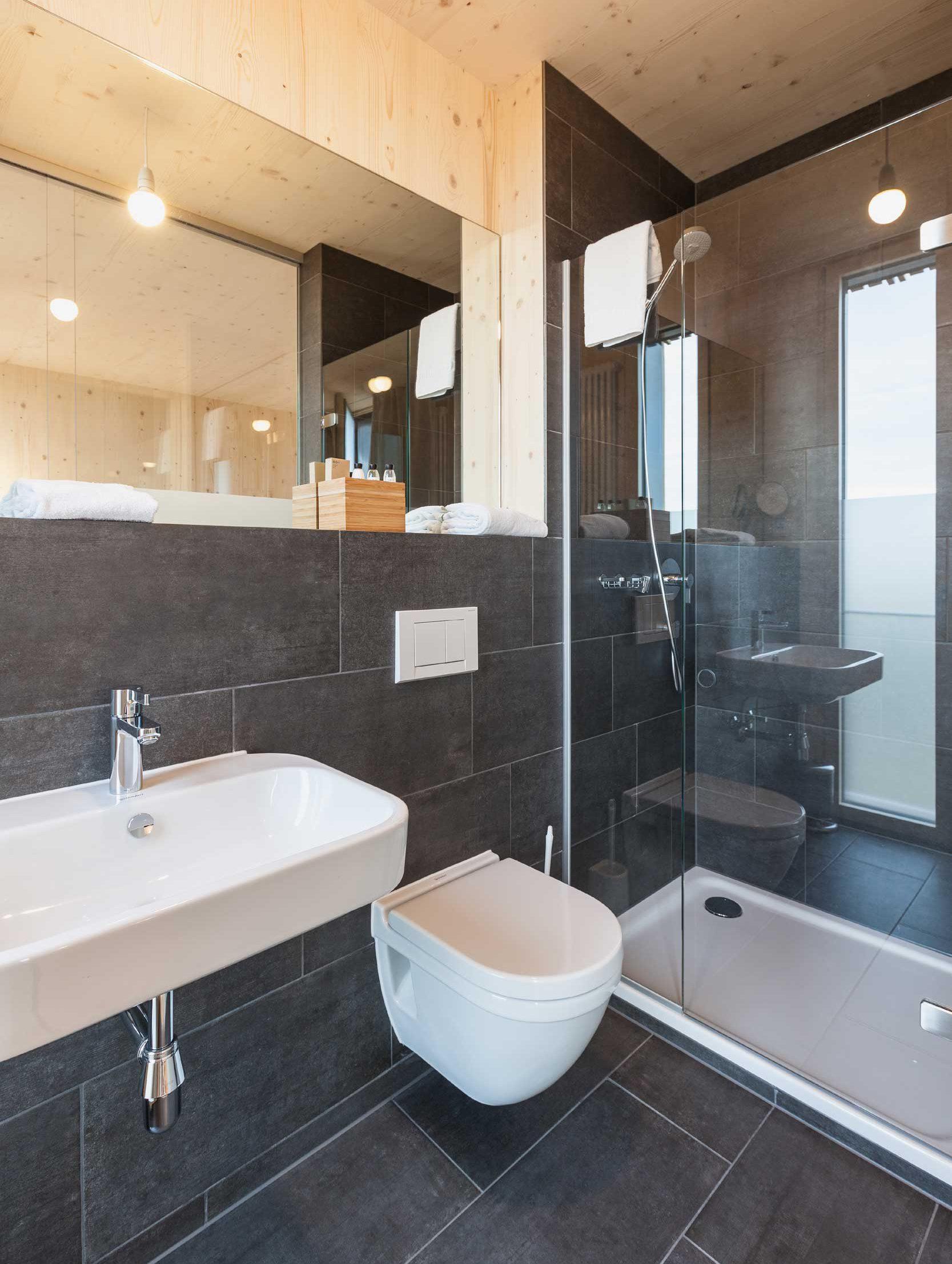 Bader Hotel Badezimmer